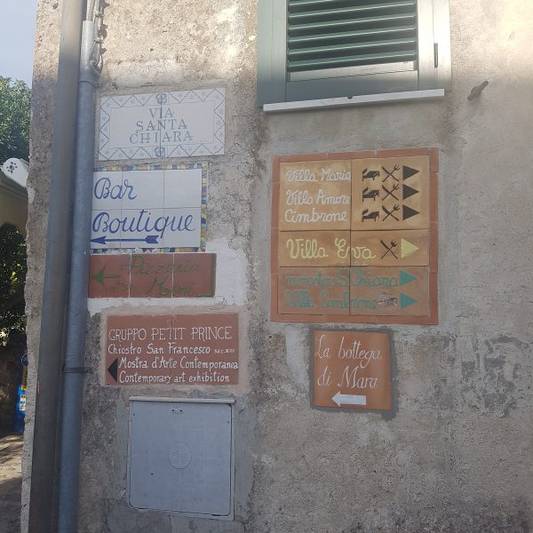 Street signs in Ravello