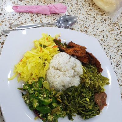 Rice, curry and veg